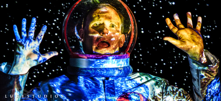 FeaturedImage-Creative-Portrait-Mars-One-Astronaut-LukeStudios
