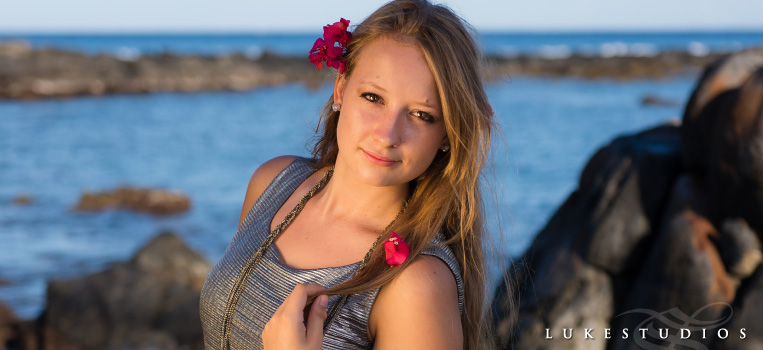 FeaturedImage-HighSchool-Senior-Fashion-Photoshoot-Girl-Maui-Beach